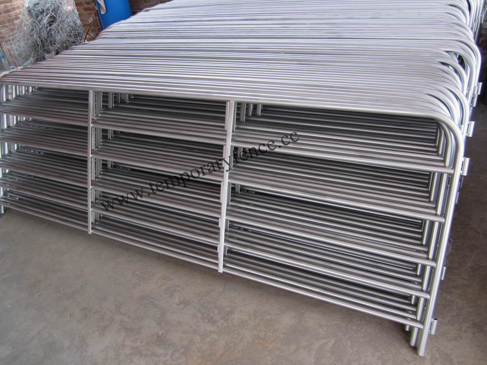 Wire mesh fence factory: sheep yard,cattle panel,sheep yard panel ...