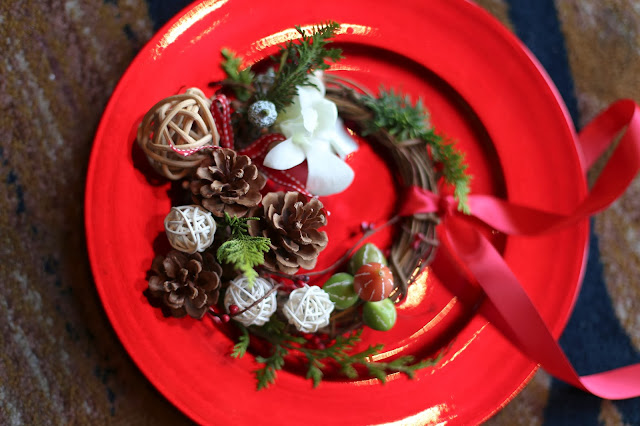 Pandora Christmas Themed Press Event Christmas Wreath Workshop