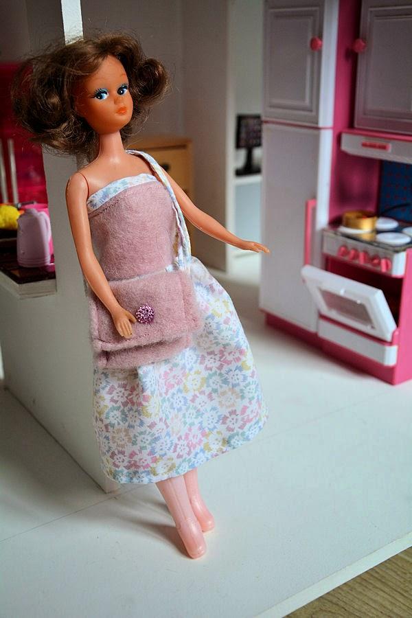 Les Miss B de Mariscrap Barbie%2B5reduit