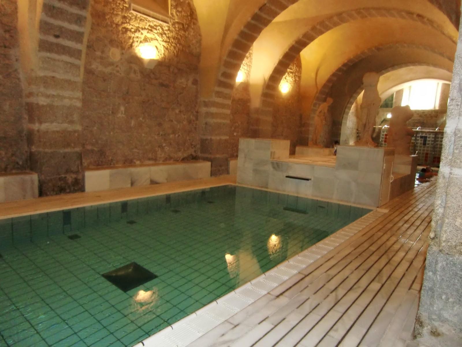 Rflx s balnearios el placer de sumergirse en anguas - Termas de banos de montemayor ...