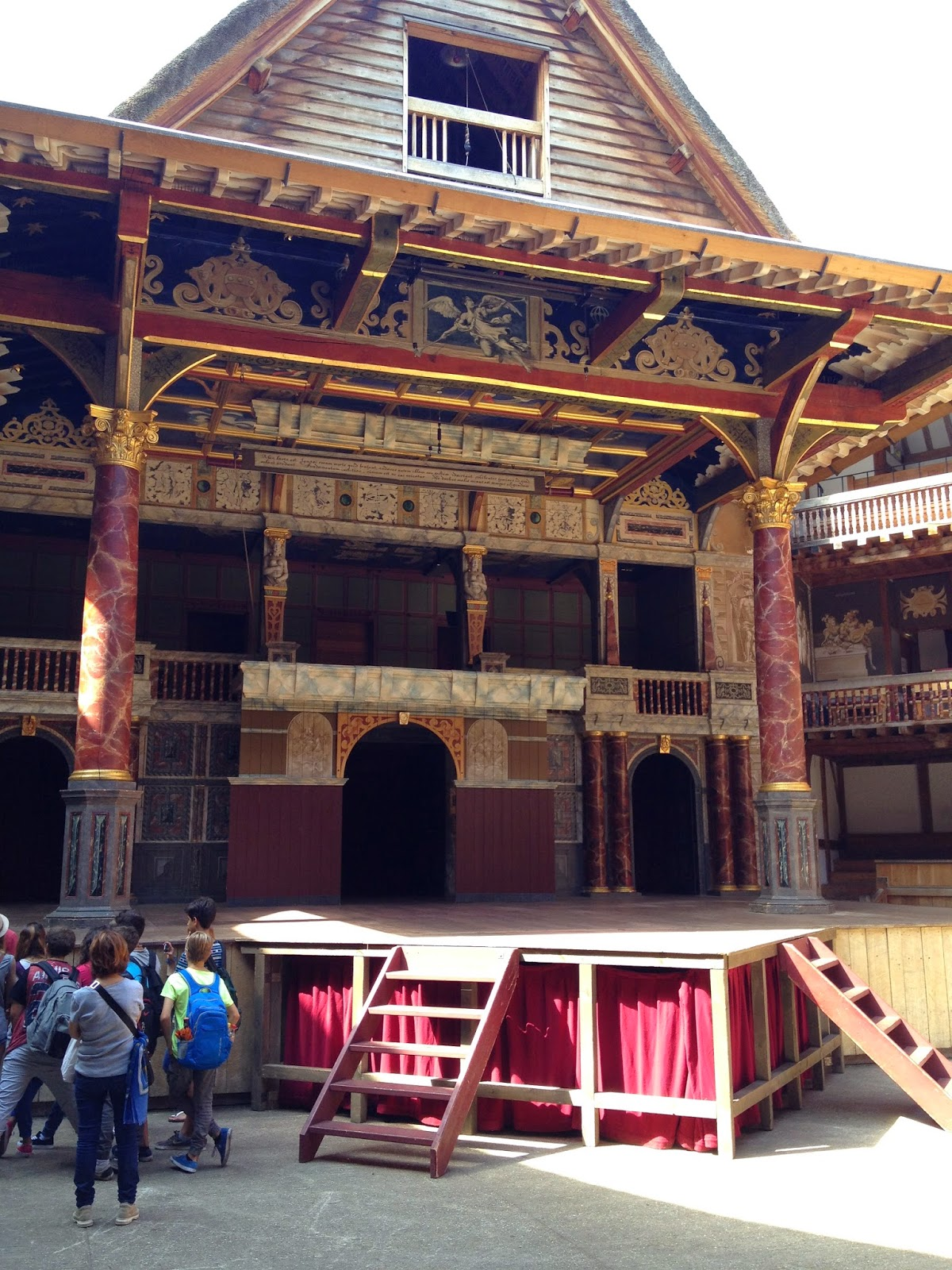 The Globe Theatre (photo credit: http://researchandramblings.blogspot.com/)