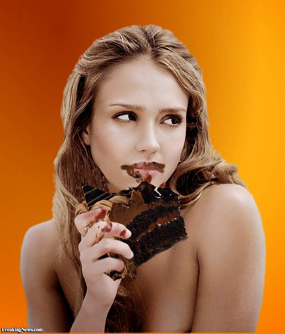 Jessica Alba Eating Chocolate Cake