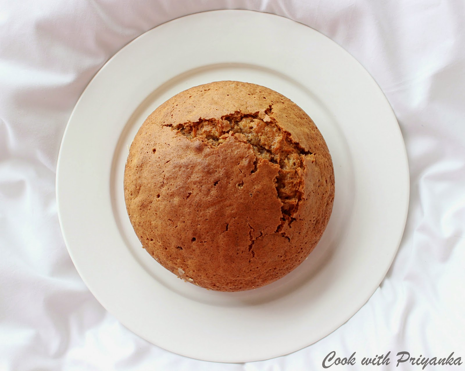 http://cookwithpriyankavarma.blogspot.co.uk/2014/06/spiced-carrot-cake-with-walnuts-with.html