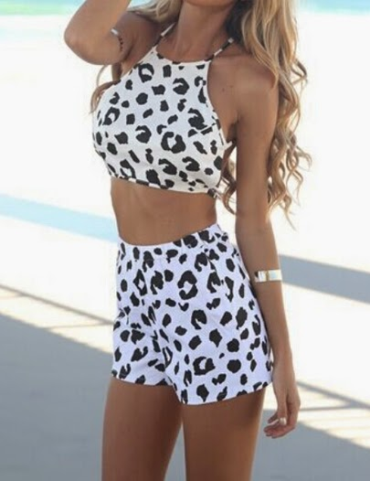 www.sheinside.com/White-Criss-Cross-Back-Leopard-Top-With-Shorts-p-209182-cat-1780.html?aff_id=2493