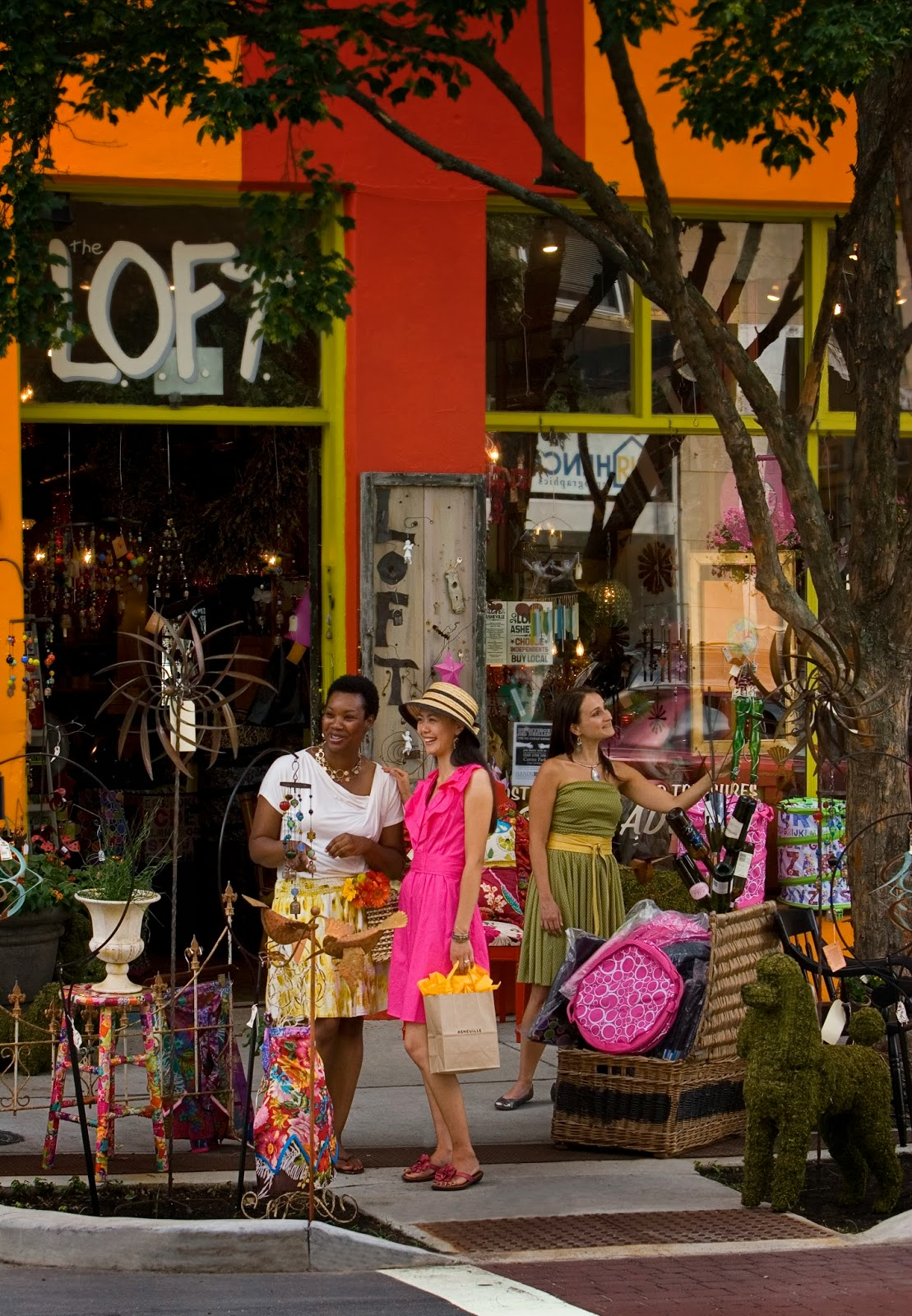 Top 5 places to shop in asheville for Great places to shop online