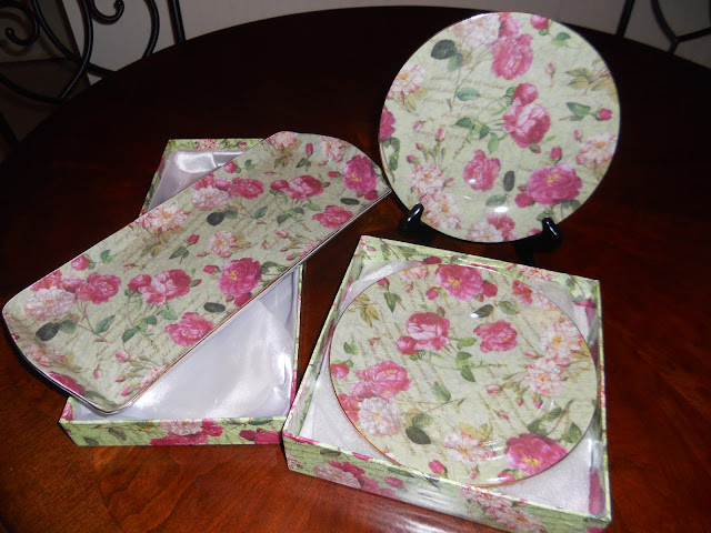 dessert plates and platter in silk lined box- cabbage rose design