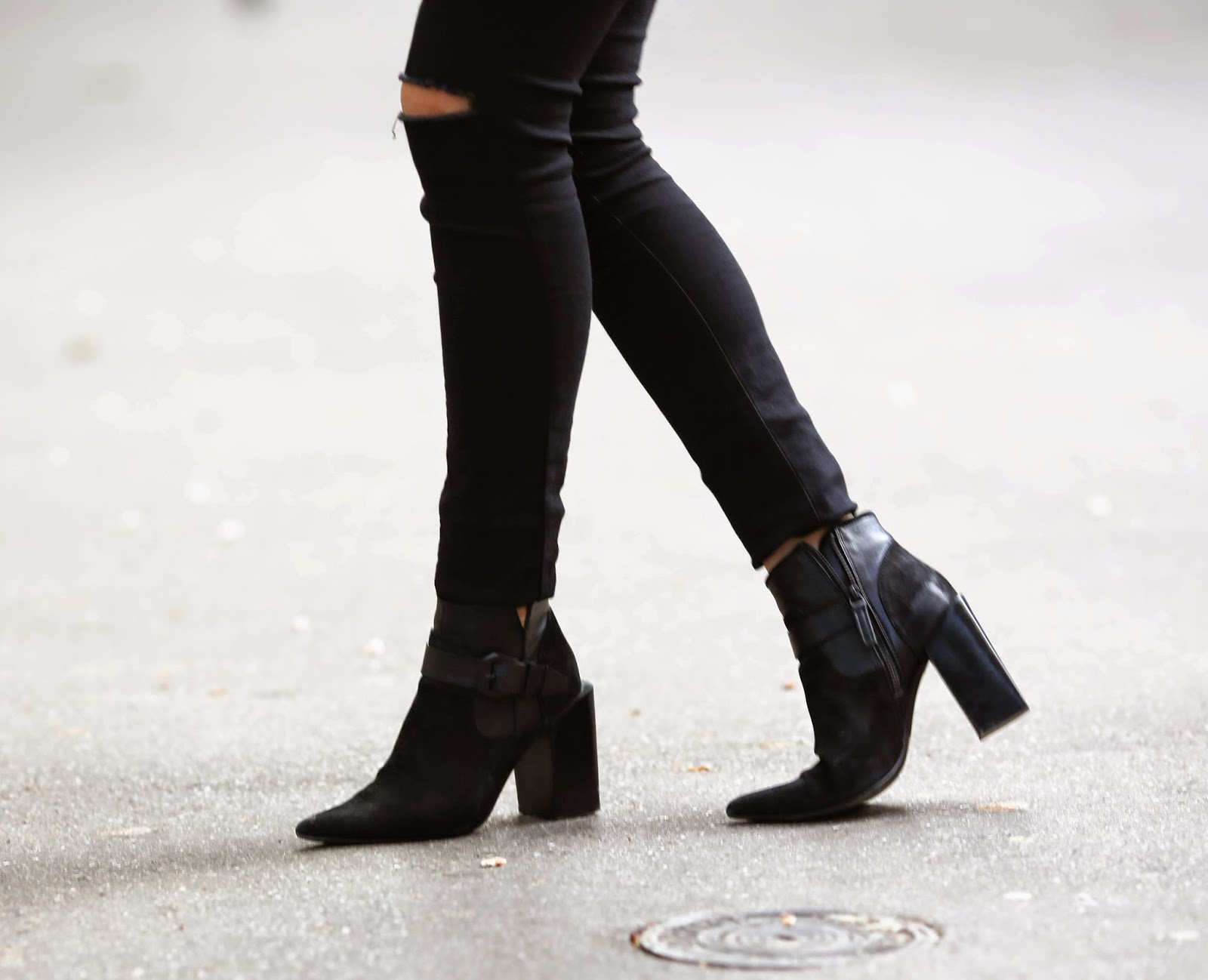 all black, senso, chloé, vanessa bruno, ripped jeans, paris, streetstyle, pardonmyobsession