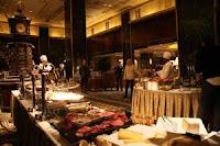 un aperçu du buffet Waldorf-Astoria, NYC