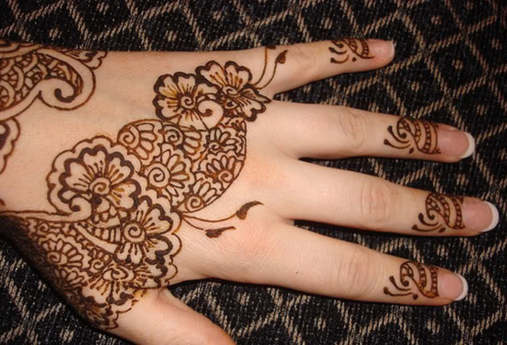 Mehndi Henna Simple : Mehndi designs for kids easy hands to do and eid