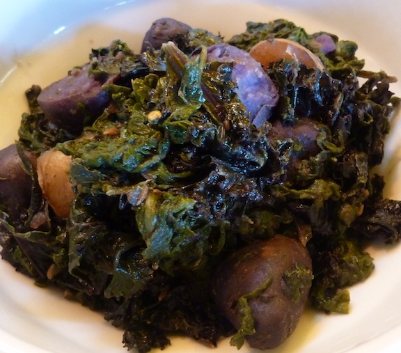 Saag Aloo/Potatoes With Spiced Spinach Recipe — Dishmaps