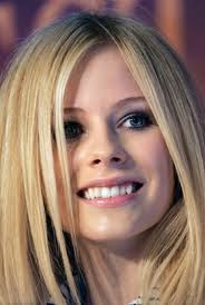 Avril Lavigne Smile Letra Traducida
