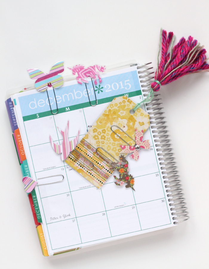 Make your own decorative planner clips quickly and inexpensively using scrap paper. www.pitterandglink.com