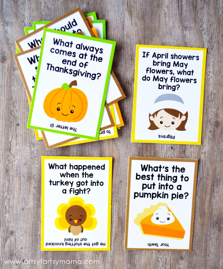 Free Printable Thanksgiving Lunch Box Jokes at artsyfartsymama.com