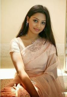 Sadia Jahan Prova photos in saree