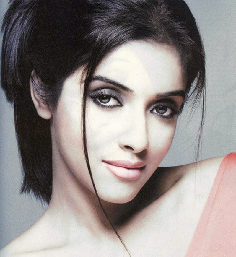 Asin Thottumkal HD Wallpapers Free Download