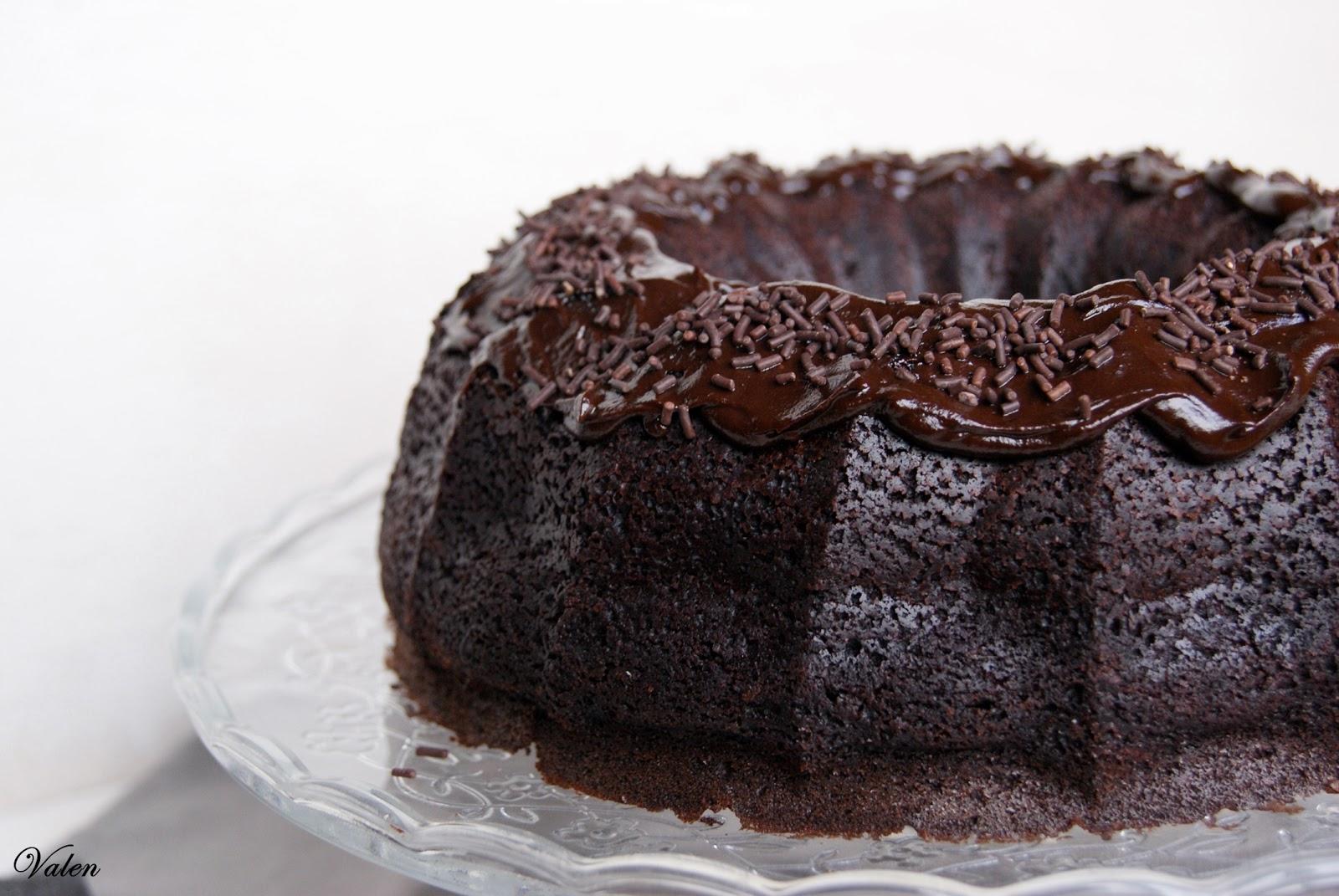 Valentina en la cocina: Chocolate & Guinness Bundt Cake