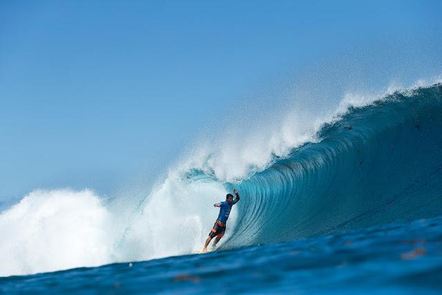 14 Bruno Santos Billabong Pro Tahiti Foto WSL Stephen Robertson