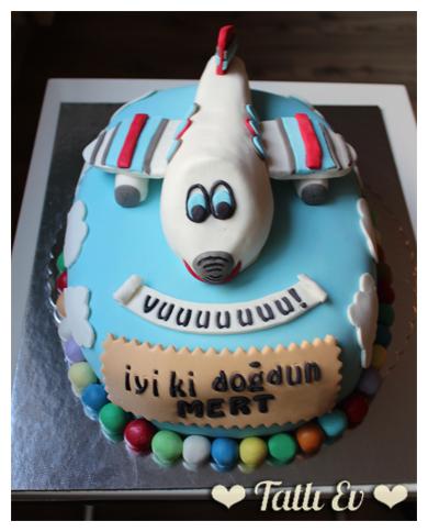 uçak temalı pasta