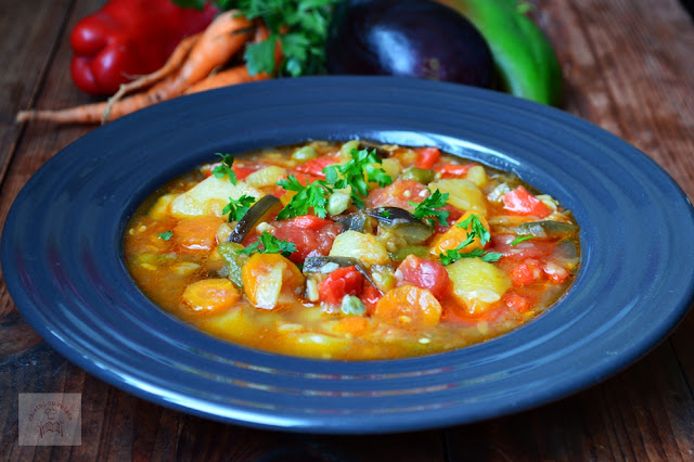 Ghiveci de legume la slow cooker