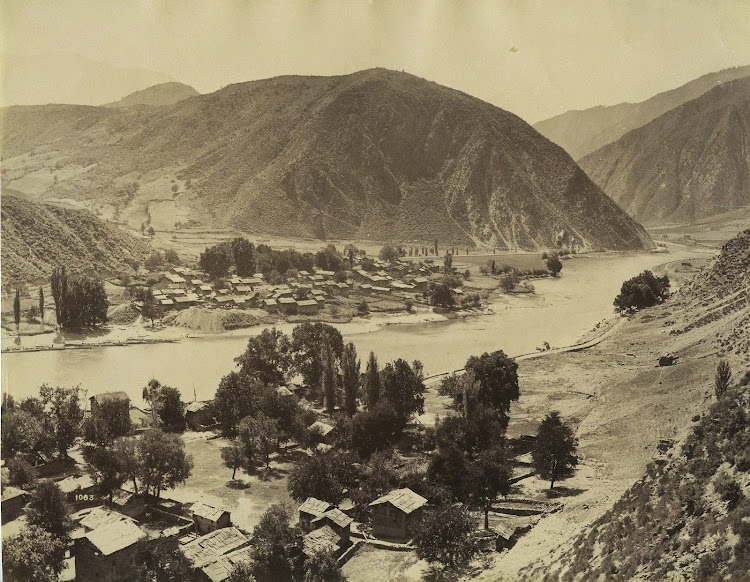 Village On The Banks Of Wular Lake - Kashmir c1870's
