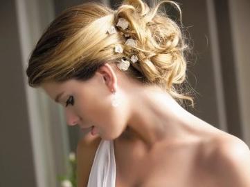 peinados de novias con accesorios
