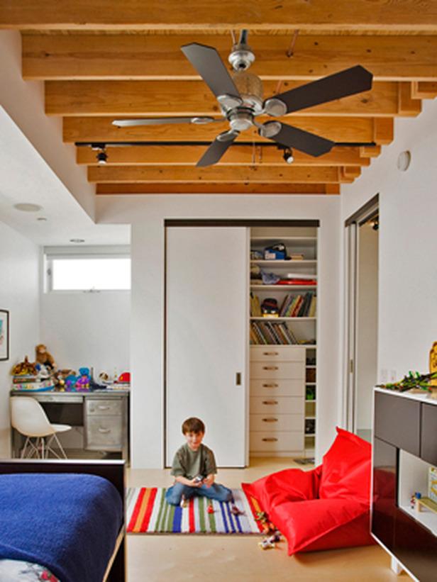 DP_Weinstein-kids-bedroom-1_s3x4_lg.jpg