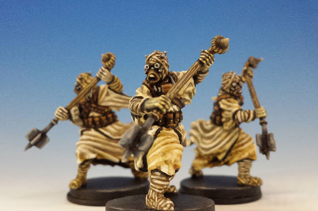 Tusken Raiders, Imperial Assault FFG (2015, sculpted by Benjamin Maillet)