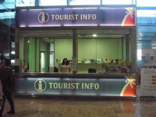 Refuerzan el servicio de la Tourist Info del aeropuerto de Alicante