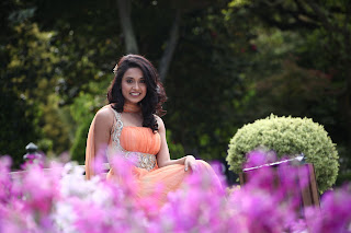 Sarah Jane Cute Latest Stills (5)