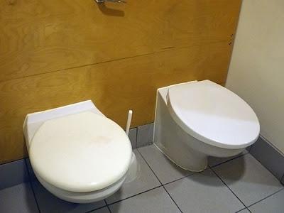 WC deux places, pour créer des liens entre bricoleurs !