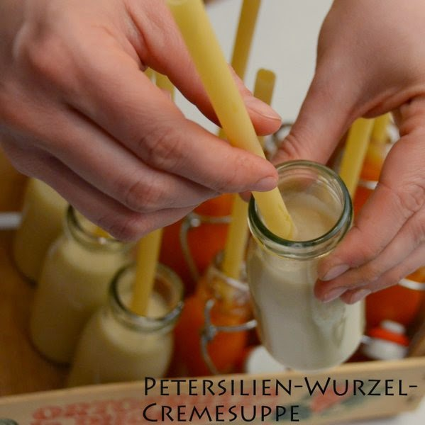 siebaecktgern catering 60ziger Suppe Flasche Tomatensuppe Petersilienwurzel Cremesuppe