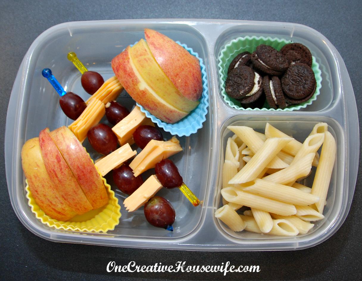 one creative housewife kindergarten lunches week 3. Black Bedroom Furniture Sets. Home Design Ideas