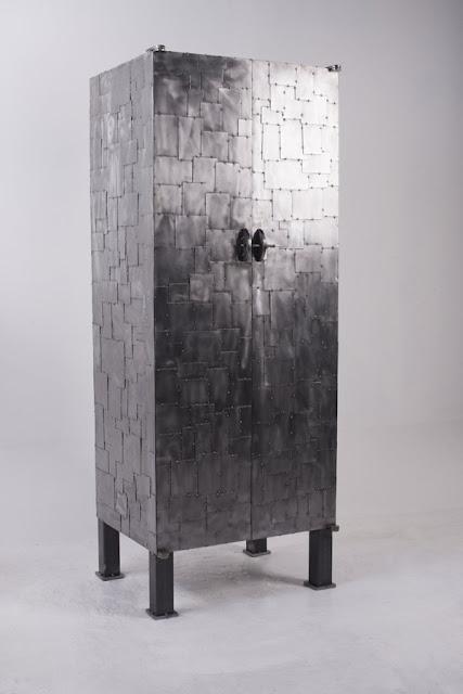 armoire métal recyclage d'art