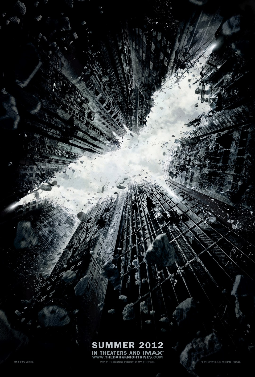 http://4.bp.blogspot.com/-kS-bQp7dpYI/T7FJaviiRSI/AAAAAAAAD0M/su8tE2pNCrc/s1600/The+Dark+Knight+Rises.jpg