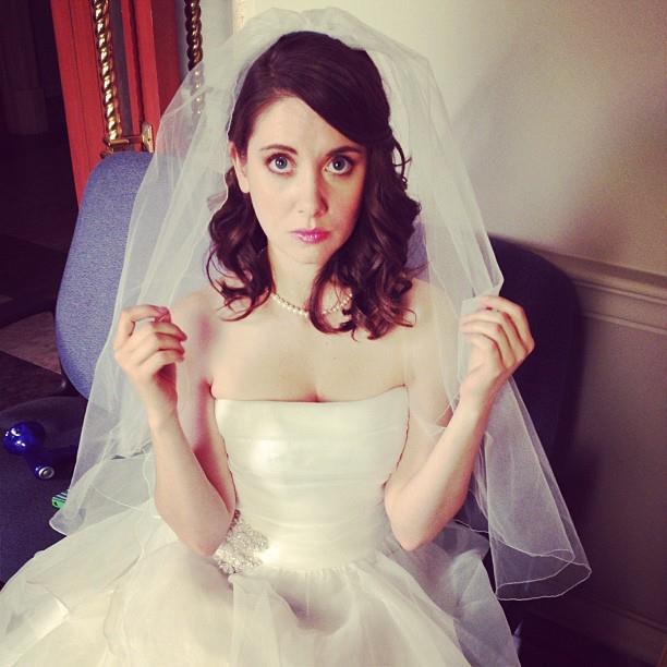 alison brie too hot for facebook part 2 ye kya