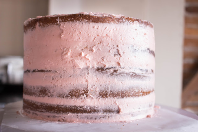 Cassie Cakes Pink Bubble Strawberry Butter Cake