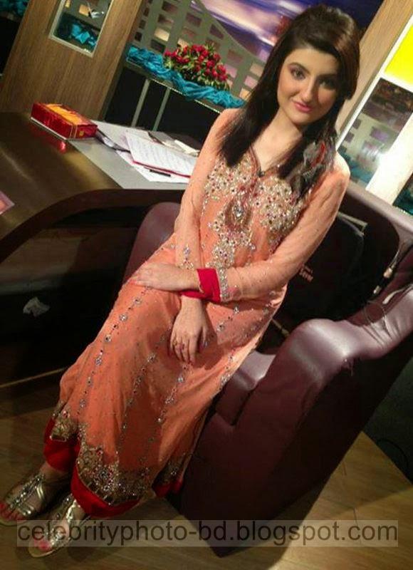 Beautiful%2BCute%2BPakistani%2BGirls%2BLatest%2BWallpapers%2B2014013