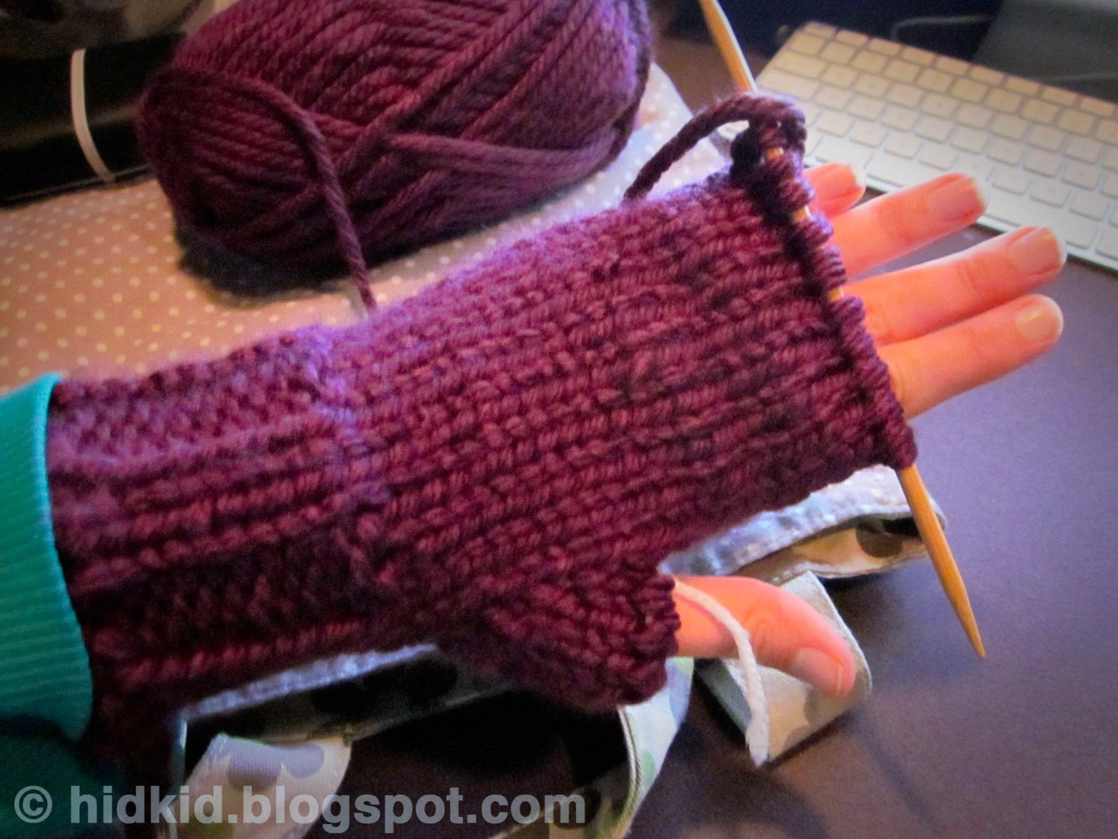 Craftimism: Mittens with Flaps - tutorial