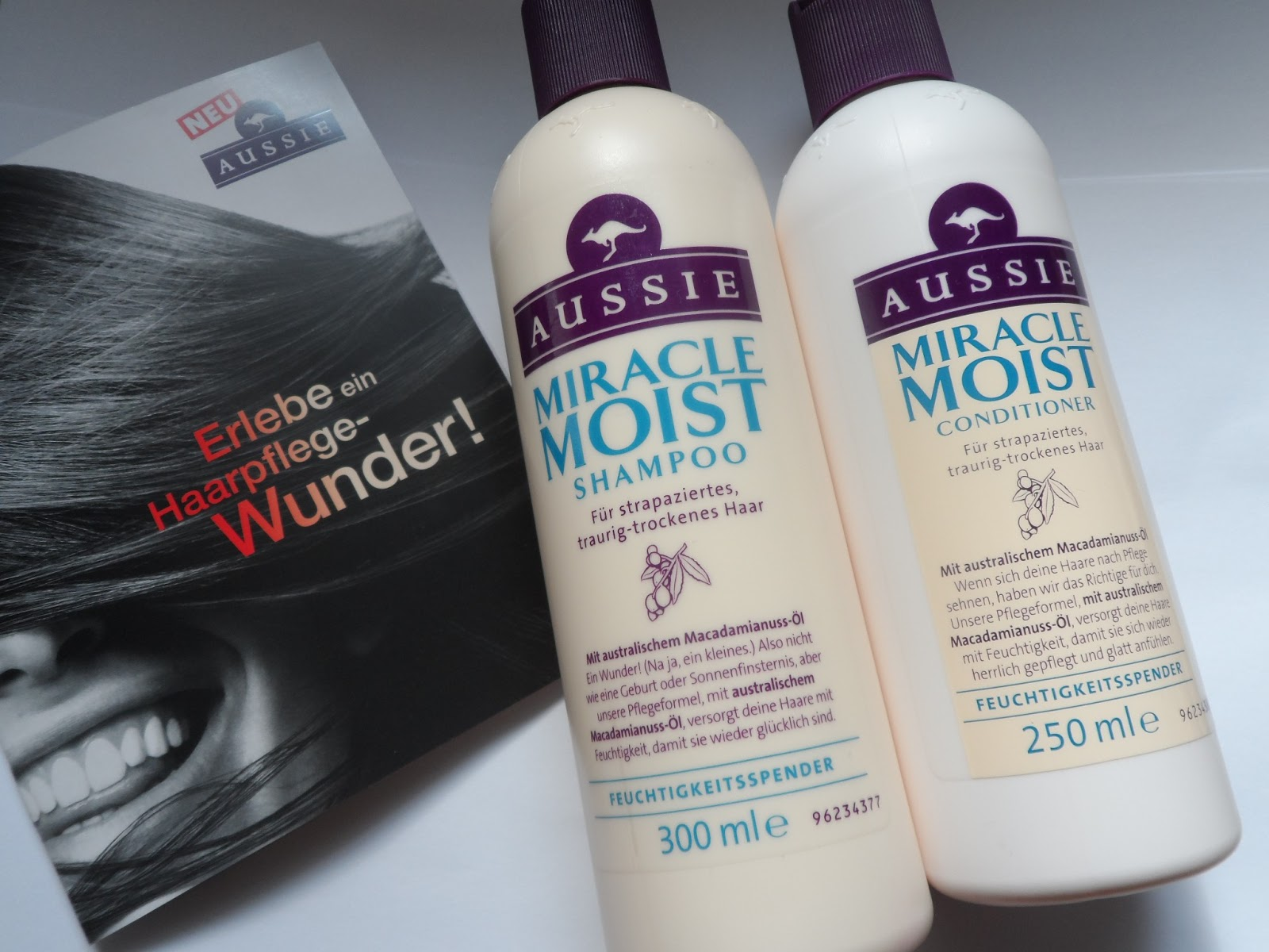 aussie miracle moist shampoo sp lung f r traurig. Black Bedroom Furniture Sets. Home Design Ideas
