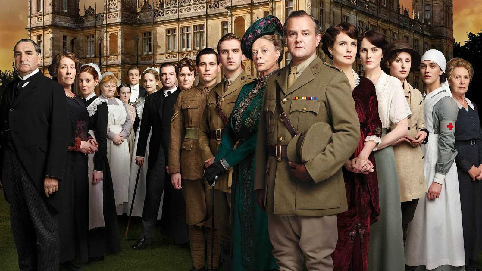 http://thedailyblog.co.nz/wp-content/uploads/2013/12/Downton-Abbey-Cast.jpg