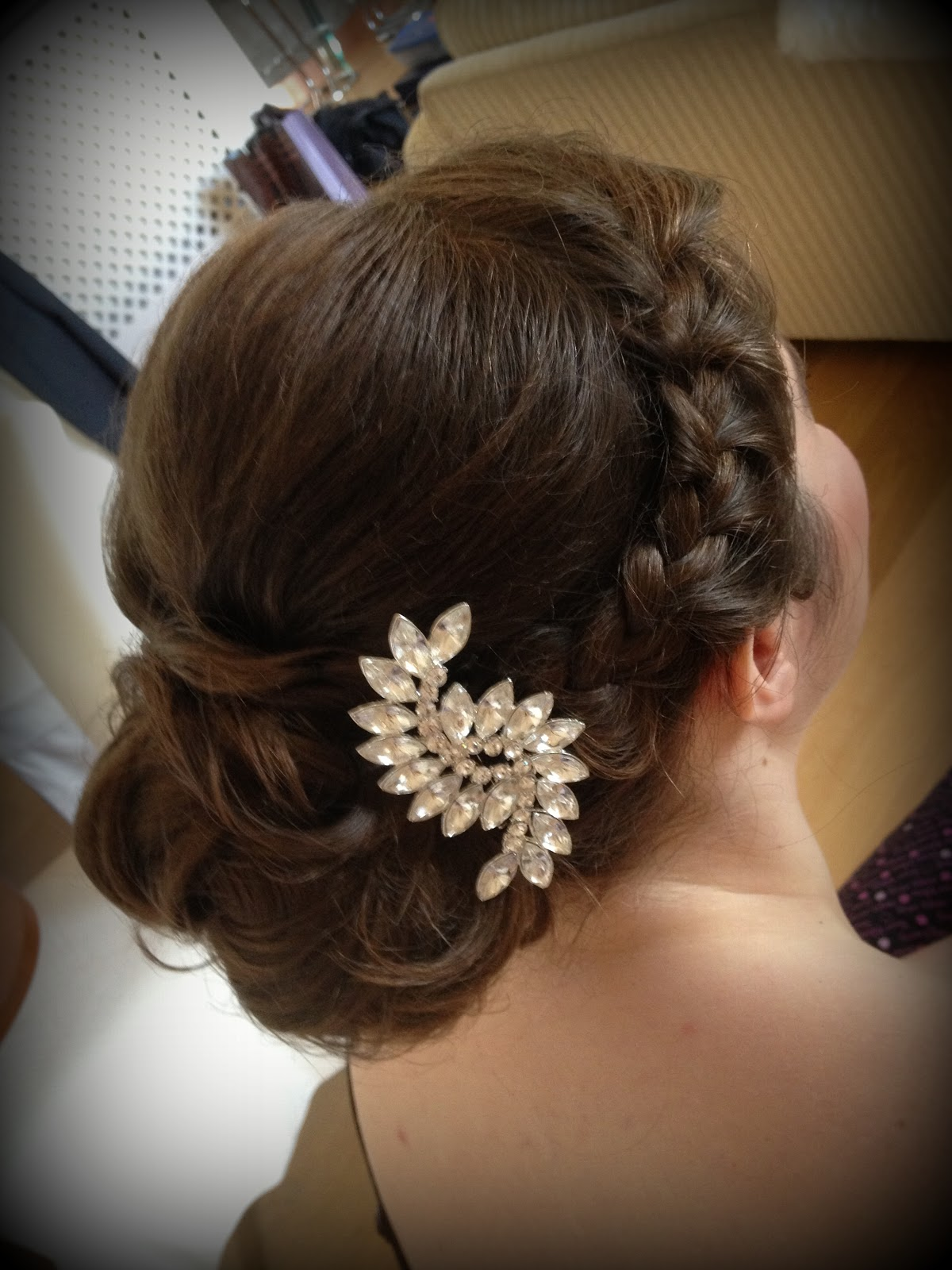 displaying 14 gt images for   50s wedding hairstyles