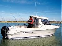 Vacaciones, pescar, pescar en barco, alquiler, turismo náutico