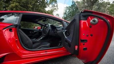 Gambar Mobil Lamborghini Huracan LP610-4