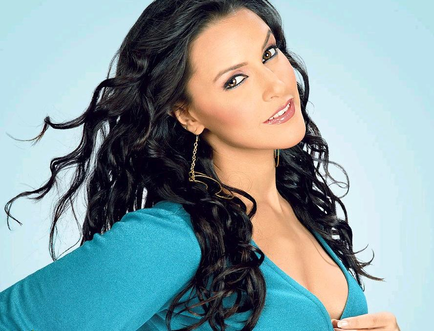 Neha Dhupia HD Wallpaper