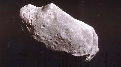 Asteroides rozando la Tierra: ¿La Hipótesis de Némesis es correcta?