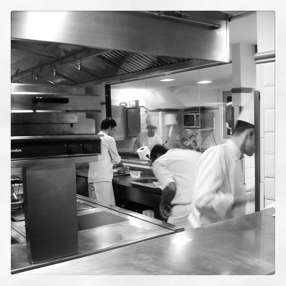 El restaurante de la semana hofmann la cocina de los for La cocina de los valientes