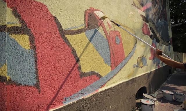 Street Art By Spanish Artist Aryz For Positive Propaganda In Munich, Germany. 8