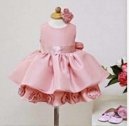 6f8d9096e57 Vestido infantil cetim festa luxo R 69