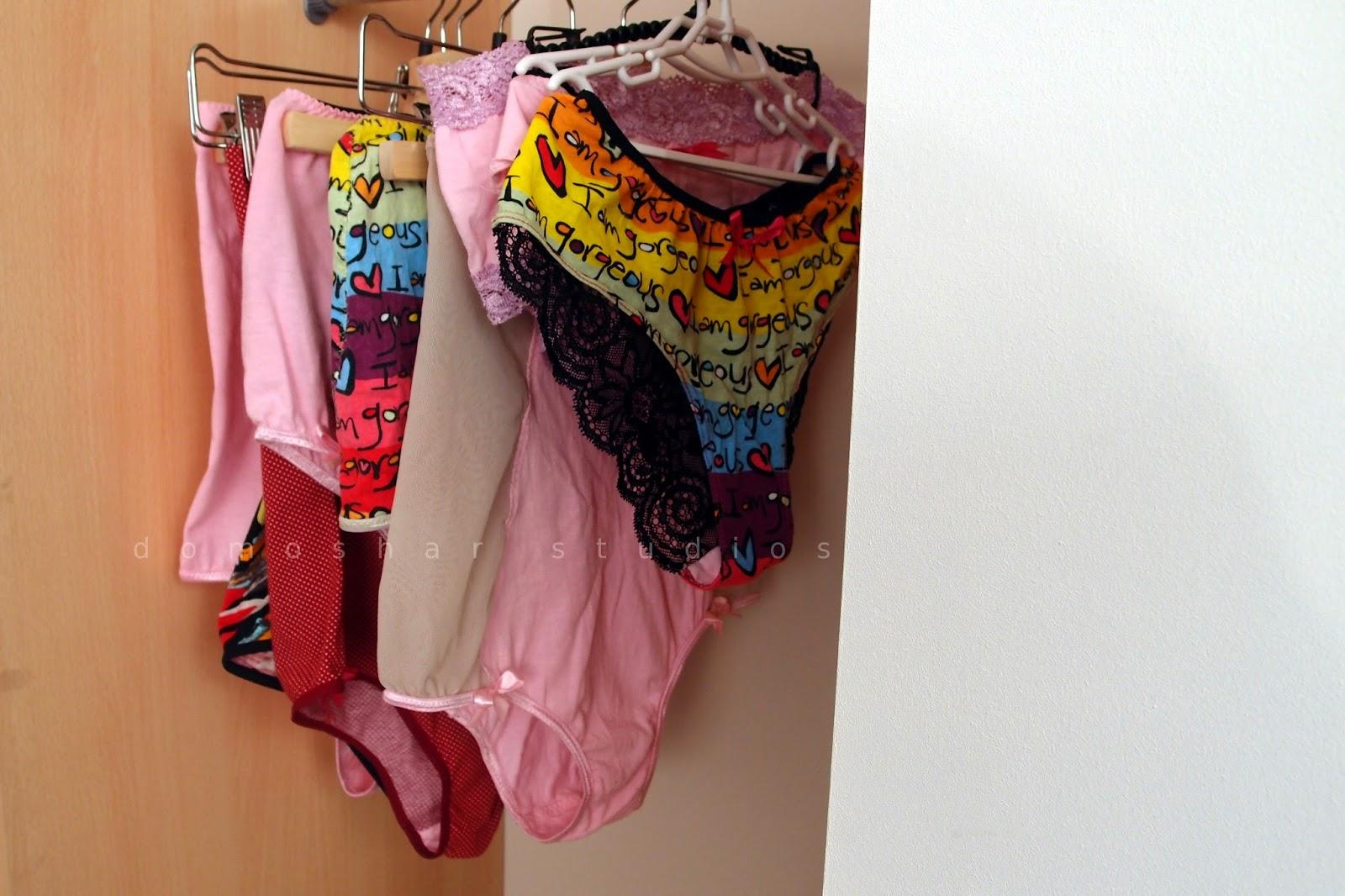 гардероб с ръчно изработено бельо