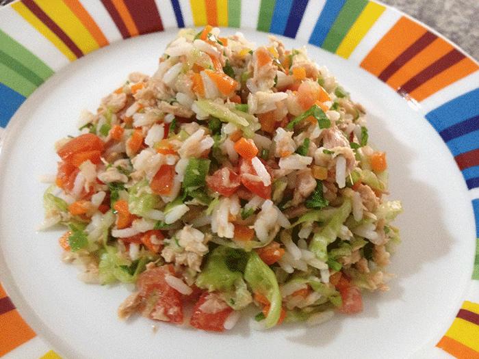 Vual ensalada de arroz y at n con vegetales - Ensalada de arroz y atun ...